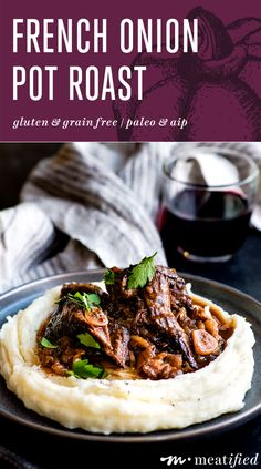 If you're looking for rich, deep flavors & simple ingredients, this French onion pot roast is for you. Bonus: it makes its own addictive onion-packed jus! Meat Recipes, Dinner Recipes, Cooking Recipes, What's Cooking, Paleo Recipes, Dinner Ideas, Recipies, French Onion, Beef Dishes