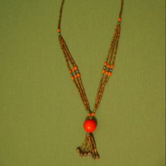 #halskette #handmade #boho #gypsy #hippie #stylish #rednecklace #mystyle #necklace #design #jewellery #schmuck #ladies #ladiesgift #christmas #gift #idea #buy #surprise #happy bohemian.outfit.accessories@gmail.com