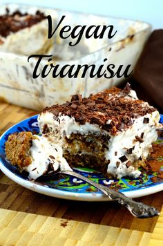 Vegan Tiramisu - Cannot wait to make this! I love tiramisu and giving it up was the hardest thing when I went Vegan Vegan Treats, Vegan Foods, Vegan Dishes, Vegan Dessert Recipes, Just Desserts, Vegetarian Desserts, Vegan Vegetarian, Vegan Tiramisu, Tiramisu Dessert