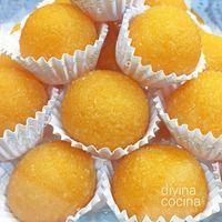 Estas yemas de naranja son fáciles de preparar y resultan muy frescas y aromáticas. Con la misma receta puedes preparar yemas de limón. Spanish Desserts, Mini Desserts, Sweet Recipes, Cake Recipes, Homemade Sweets, Pan Dulce, Cake Cookies, Cooking Time, Love Food