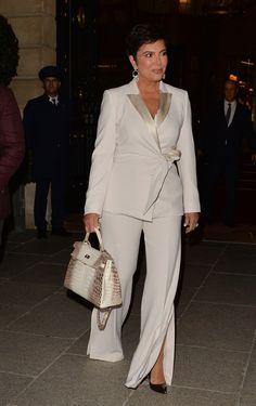 Estilo Kris Jenner, Kris Jenner Style, Fiesta Outfit, Corporate Wear, Vetement Fashion, Anna Wintour, Over 50 Womens Fashion, Celebs, Celebrities Fashion
