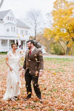 Get into the mood with some foliage for your fall wedding!