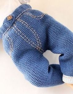 Baby Knitting Patterns Clothes Crochet jeans for the little ones - instructions via Makerist.PDF-Häkelanleitung Jeanshose in Strickoptik. Baby Boy Knitting Patterns, Crochet Vest Pattern, Crochet Patterns, Baby Girl Fashion, Toddler Fashion, Kids Fashion, Kids Clothes Storage, Cute Baby Dresses, Crochet Baby Clothes