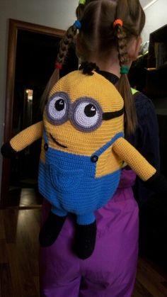 minion backpack crochet by Rashodchikova