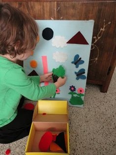 Learners in Bloom: Montessori Monday - Felt Board Fun {and learning}