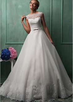 Gorgeous Tulle Bateau Neckline Natural Waistline A-line Wedding Dress With French Lace Appliques