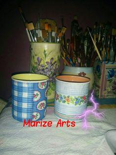 Marize Arts reciclando latas com aproveitamento de sobras de guardanapos de decoupage.