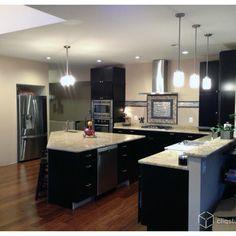 Fotos de cocinas | Diseños de cocinas | Black Kitchen Cabinets
