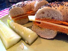 Get Catskill Animal Sanctuary& Compassionate Cuisine recipe for Phony Bologna. Vegan Vegetarian, Vegetarian Recipes, Bologna Sandwich, Sugar Free Ketchup, Veggie Patch, Meat Substitutes, Vegan Lunches, Vegan Burgers, Wrap Sandwiches