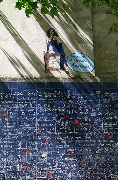 "Montmartre wall - Le mur des je t'aime, Le square Jehan Rictus, Montmartre, Paris. This wall has ""I love you"" written in 311 languages."
