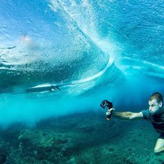 The Trigger Set will help you get your best photo or video from down under. Photo Cred: @jimmicane #spgadgets #triggerset #addmorefunction #underwater #tablets #iphone #instafollow