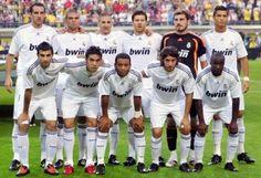 4-2-3-1: 1 Casillas; 18 Albiol, 3 Pepe, 21 Metzelder, 12 Marcelo; 22 Alonso, 10 Lass; 24 Granero, 8 Kaka'; 9 C. Ronaldo; 11 Benzema. 09-10.