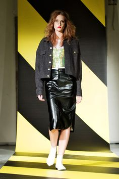 Back | Fall 2013 Ready-to-Wear Collection | Style.com