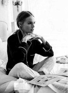 Kate Bosworth, silk pajamas