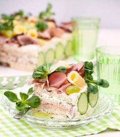 Mini cakes goat-zucchini and ricotta-spinach - Clean Eating Snacks Sandwiches, Cake Sandwich, Pear Recipes, Snack Recipes, Pear Cake, Swedish Recipes, Cake Toppings, Savoury Cake, Mini Cakes