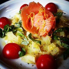 Fenchel-Lachs-Carpaccio mit Kirschtomaten  #foodblog #foodporn #tomatos #salmon