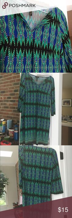 Laundry blue/green long sleeve dress! Comfortable, stretchy material! Aztec design, very good condition! Laundry by Design Dresses Long Sleeve