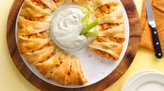 Serve up a classic Buffalo chicken appetizer with a crescent twist on Game Day! Brie Cuit Au Four, Pollo Buffalo, Buffalo Dip, Empanadas, Rolls Recipe, Buffalo Chicken Cresent Ring, Crescent Chicken, Buffalo Chicken Pinwheels, Buffalo Chicken Pasta