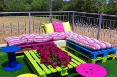 Pallet Patio Furniture with Spring Garden Colors