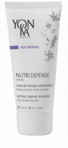 NUTRI DEFENSE CREME The SOS comfort cream for dry to very dry skin. Due to its complex, nutritious formula, rich in essential fatty acids (omega 3, 6, 9, and more), this smooth nourishing cream brings immediate and long-lasting comfort to undernourished skin. Enriched with hydrating agents and antioxidants, it helps skin combat premature signs of aging. The sensations of tightness and irritation are soothed as time goes by.