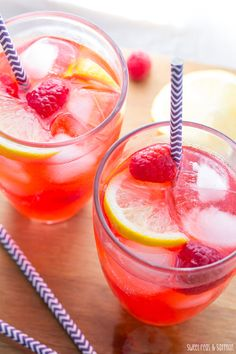Raspberry Limoncello Lemonade | sweetpeasandsaffron.com