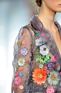 Create this Christopher Kane look by adding flowers to a chiffon loose jacket, or make a simple chiffon jacket and add flowers.