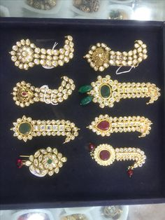 India Jewelry, Gold Jewelry, Rajputi Jewellery, Traditional Indian Jewellery, Gold Diamond Earrings, Royal Jewels, Queen, Headgear, Asian Art