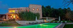 7 Formentera Beach Clubs & Seaside Restaurants To Visit Ibiza Boat Party, Ibiza Clubs, Seaside Restaurant, Rent A Villa, Ibiza Town, Party Tickets, Gated Community, Beach Club, Luxury Villa