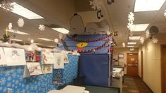 I think I'm gonna do this next year. Christmas Cubicle Decorations, Office Decorations, Christmas Competitions, Cubicle Ideas, The Office, Winter Wonderland, Cube, Decorating Ideas, Parties