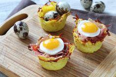 Nidos de patata con jamon y huevos de codorniz