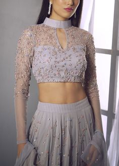 Indian Gowns Dresses, Indian Fashion Dresses, Dress Indian Style, Indian Designer Outfits, Fashion Outfits, Fancy Blouse Designs, Stylish Dress Designs, Fancy Dress Design, Designer Party Wear Dresses
