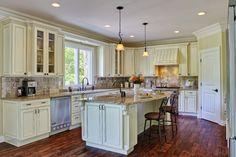 10x10 Kitchen Antique White Kitchen Cabinets RTA (Ivory White or Tuscany White)