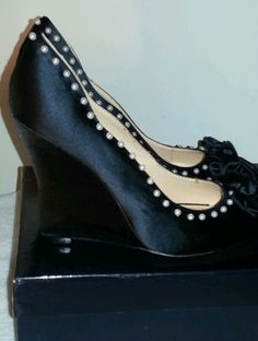 Pour La Victoire Pyra Womens shoes Size 8 Black pearl Textile Wedges Shoe