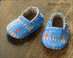 Retro Rockets Baby Booties - Eco-Friendly Gifts by HappySolez on Etsy