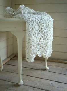 Love how Lacy this Crochet Throw Looks ~ Love the Scalloped Edges~❥
