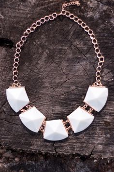 Take Me Downtown Necklace-Ivory