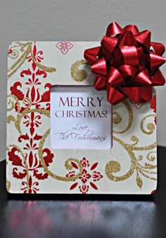 'Christmas Present' Frame - DIY