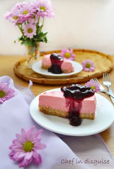 Healthy cheese cake with yogurt and ricotta and a homemade cherry sauce