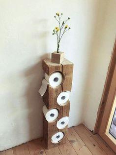 Auch im Bad kann man schöne DIY Ideen umsetzen. Wie findest du diesen coolen Kl… You can also implement beautiful DIY ideas in the bathroom. What do you think of this cool toilet paper holder? A real eye-catcher!