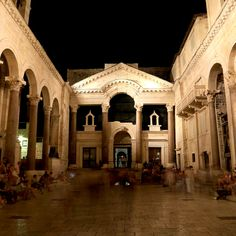 Peristil, Split, Croatia. Ancient Roman Palace -  Photo Artline Photography - Boris Poznovia #split #peristil