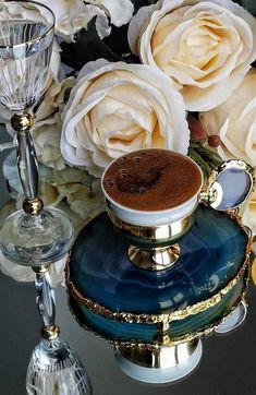 ☕🍃 I Invite You . Turkish Coffee Reading, Turkish Coffee Cups, Coffee Tray, Coffee Cafe, Iced Coffee, Coffee Shop, Good Morning Coffee Cup, Turkish Coffee Machine, Coffee Brownies