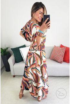 Vestido farm cropped show de banana - BabadoTop Vestido Dress, Floral, Cold Shoulder Dress, Dresses With Sleeves, Elegant, Long Sleeve, Off White, Fashion, Vestido Farm