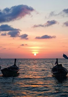 Enjoy the sunset on the water: Thailand