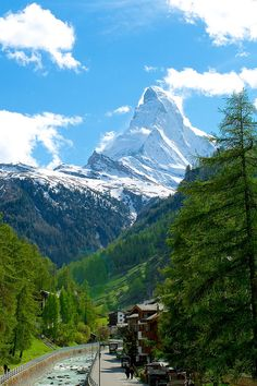 A dream: Hiking in Zermatt Zermatt, Switzerland #bestofswitzerland