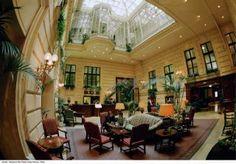 """""""Lobby & Eingang"""" Bild Hotel Radisson Blu Palais in Wien • Wien, Österreich"""
