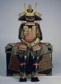 伝松平家緋糸威胴丸具足 18世紀