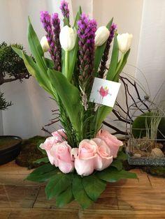 #flowers #pr #sanjuan #gifts #puertorico #beautiful #design #floral #flowerarrangement #anniversary #valentinesgift #valentinesday #birthdaygift #couples #celebration #floralarrangement #centerpiece #tulips
