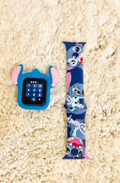 Stitch Apple Watch Band/Bumper comb A great range of steel apple watch bracelets to suit every occasion Apple Watch Accessories, Iphone Accessories, Cute Phone Cases, Iphone Phone Cases, Cute Apple Watch Bands, Disney Apple Watch Band, Lelo And Stitch, Lilo Stitch, Apple Watch Bands Fashion