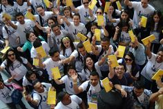 Il volumetto giallo che risponde a tante domande sulla fede!