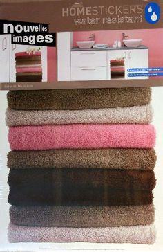 Homestickers Asciugamani di spugna per decorare pareti e suoperfici del bagno o della camera. 1 Sticker H.45 cm circa. Removibile e resistente all'acqua. Per dare colore e movimento al vostro arredamento.